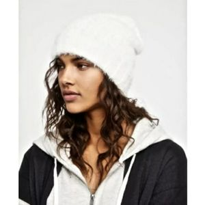 Free People white fluffy beanie